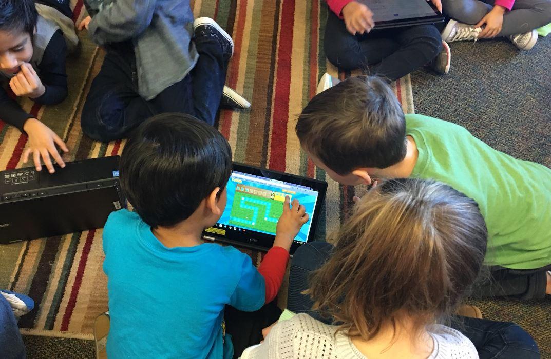 Summer school 3 girls race laptop robotics STEM 2016